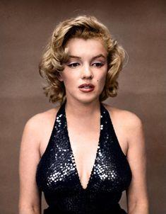 アメリカの著名な写真家リチャード・アヴェドンが撮影した素顔のマリリン・モンロー(1957年)> カラー復元写真