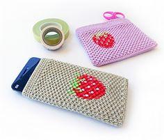 Strawberry cover - free crochet pattern by goolgool | Galit Grosz Cabot