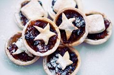 Homemade English Cherry Mince Pies