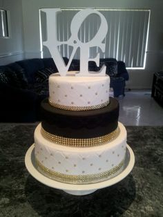Black,White and Gold Wedding Cake!! Without the love Cake topper....