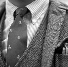 Love the skull tie.