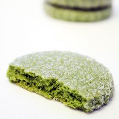 Mix a heaping spoonful of green tea powder into your favorite cookie batter. The quick and easy addition creates naturally green baked goods with a subtle earthy flavor.