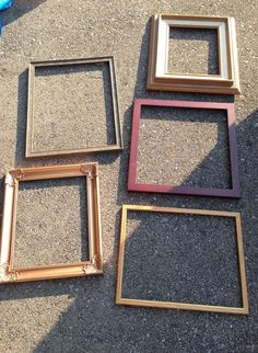 Frames for loose parts art/play via Julie Metcalfe ≈≈