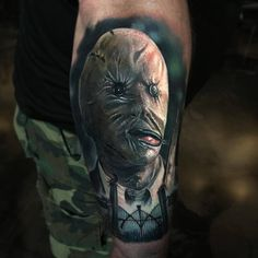 Decker from horror movie Nightbreed, perfect 3 color realistic tattoo work done by tattoo artist Paul Acker Paul Acker, Creepy Masks, Mask Tattoo, Header Pictures, World Tattoo, Mobile Art, Twitter Image, Realism Tattoo, Tattoos Gallery