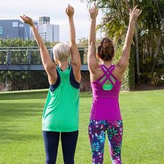 Hands up if you're excited it's Thursday! Congratulations to Clare her YouTube channel went live this morning. Congrats from everyone here at abi and joseph   @daniquerambo is wearing our Kelly tank and Osaka 3/4 embossed tank and @clarejbyoga is wearing our Eternity tank, Zola sports Bra and limited Edition Zen garden 7/8 tights.