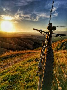 - Welcome to our website, We hope you are satisfied with the content we offer. Downhill Bike, Mtb Bike, Cycling Art, Cycling Bikes, Montain Bike, Bike Photography, Rando, Cycling Accessories, Bicycle Art