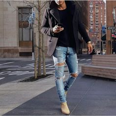 This is how you combine Chelsea Boots - 5 examples - Mode Men With Street Style, Men Street, Street Wear, Chelsea Boots Outfit, Stylish Men, Men Casual, Mens Casual Work Clothes, Casual Wear, Casual Fall