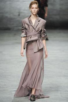 Haider Ackermann Spring 2012 Ready-to-Wear Fashion Show - Alana Zimmer (Elite)
