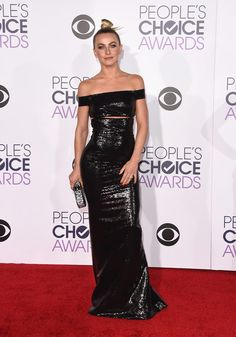 Julianne Hough Photos - People's Choice Awards 2016 - Arrivals - Zimbio