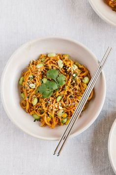 A vegan and gluten-free Sweet Potato Noodle Pad Thai recipe. A superfood packed bowl made with superfoods like ginger, edemame, peanut butter, etc. Thai Recipes, Vegetarian Recipes, Dinner Recipes, Cooking Recipes, Healthy Recipes, Free Recipes, Frugal Recipes, Pumpkin Recipes, Healthy Meals