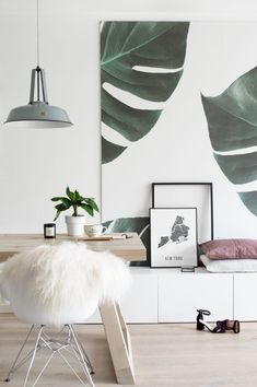 Living Room Wallpaper Inspiration : Mad for monstera leaves? This photo wallpaper design captures the beauty of thes Room Decor, Room Inspiration, Decor, Interior Design, House Interior, Wallpaper Living Room, Home Decor, Scandinavian Interior Design, Room