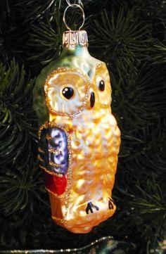bunte Eule aus Glas, grün, Weihnachtsdeko von Weihnachtsromantik auf DaWanda.com Vintage Christmas Ornaments, Etsy, Holiday Decor, Crafts, Home Decor, Clear Ornaments, Christmas Jewelry, Colorful Owl, Mushrooms
