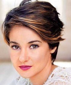 Short Layered Haircuts for Round Faces. Short Layered Haircuts for Round Faces. Source by sweetlilinocent Visit More : by Hair. Short Hair Cuts For Round Faces, Pixie Haircut For Thick Hair, Short Hairstyles For Thick Hair, Short Hair Styles Easy, Curly Hair Styles, Cool Hairstyles, Formal Hairstyles, Wavy Hair, Pixie Hairstyles