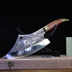 Pretty Knives, Cool Knives, Knives And Swords, Chopping Knife, Cleaver Knife, Handmade Kitchens, Chef Knife, Custom Knives, Knife Making