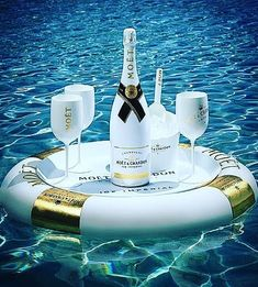 Floating Champagne Bars - This Moët & Chandon Floating Bar is Shaped like a Tube with Gold Accents (GALLERY) Champagne Moet, Champagne Quotes, Moet Imperial, Moët Chandon, Malbec, Alcoholic Drinks, Cocktails, Beverages, In Vino Veritas