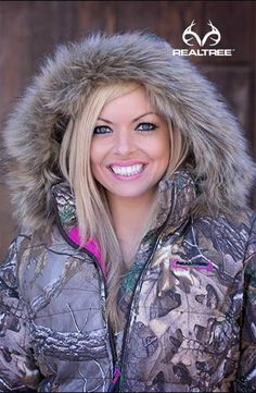 Realtree Xtra Camo Women Bubble Jacket