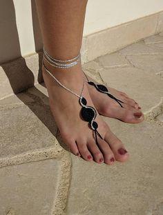 Ehi, ho trovato questa fantastica inserzione di Etsy su https://www.etsy.com/it/listing/599693421/sandali-a-piedi-nudi-uncinetto-colore
