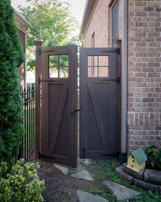 This PVC gate is a 3 ply gate, meaning it is made from three sheets of laminated PVC. This particular gate was painted with a faux wood grain finish.