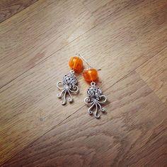 Octopus earrings with handmade beads by fler.cz/aleale