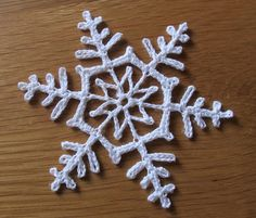 """Snowflake snowflakes - from the book Crocheted Snowflakes"""" by Barbara Christopher.snowflakes - from the book Crocheted Snowflakes"""" by Barbara Christopher. Crochet Snowflake Pattern, Crochet Motifs, Crochet Stars, Crochet Snowflakes, Thread Crochet, Crochet Flowers, Crochet Christmas Ornaments, Christmas Crochet Patterns, Christmas Snowflakes"""