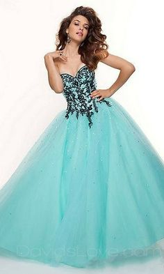 Ball Gown Strapless Long Tulle Prom Dress