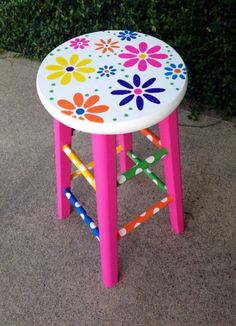 New Furniture Makeover Diy Chairs Decor Ideas Art Furniture, Funky Furniture, Colorful Furniture, Upcycled Furniture, Furniture Makeover, Furniture Design, Whimsical Painted Furniture, Hand Painted Furniture, Hand Painted Stools