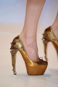 Beautiful shoes by Alexander McQueen steam punk