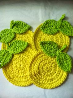 "Crochet Coasters...""Lemons"" FREE Coaster Pattern!!! ♡ •✿•  Teresa Restegui http://www.pinterest.com/teretegui/ •✿•"
