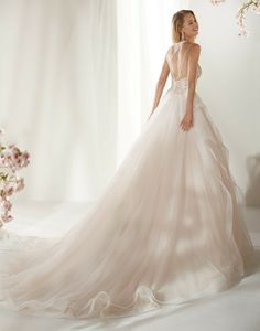 LULU - // A fabulous ballgown wedding dress with an intricate lace bodice finished with a soft frill skirt Designer Wedding Dresses, Wedding Gowns, Frill Skirts, Wedding Pinterest, Fashion Group, Lace Bodice, Dream Wedding, Wedding Things, Wedding Stuff