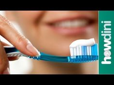 Top Ways To Achieve Gum Health - Using an electric toothbrush one of the way to achieve gum health. Most famous Tools is Philips Sonicare Gum Health Pro.