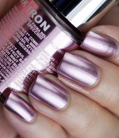 chrome nail polish | 04 Titanium Sky , a sky blue chrome. This colour really pops!