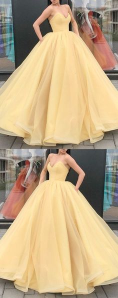 Organza Ball Gowns Prom Dresses V-neck Corset Quinceanera Dresses For Sweet 16