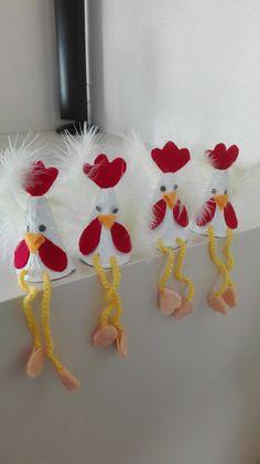 Eierdoos en fatasie.uut. Easter Ideas, Diy, Fiestas, Activities, Paper, Craft, Creativity, Hens, Seasons Of The Year