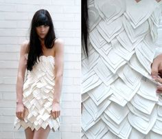 dresses made of paper Fashion Design Drawings, Fashion Sketches, Paper Fashion, Fashion Art, Paper Clothes, Paper Dresses, Fashion Shows 2015, Recycled Fashion, Heart Dress