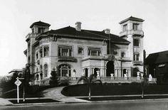 The 23-room 'Villa Madama' built for Capt. Allan Hancock's widow, Ida, on the northeast corner of Wilshire Blvd. and Vermont Avenue in 1909. Demolished in 1938....
