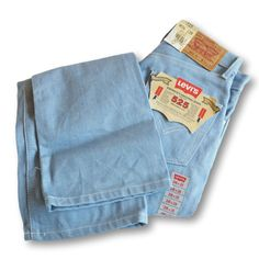 2d34ab1ad5 Levis Womens Denim Jeans. Bootcut for Girs 525 Light Blue. W26 L28 BNWT Size