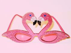 Flamingo glitter sunnies! Oh. My. Gawd. They're beautiful!!!!!