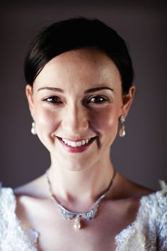 Beautiful Bride, Real Weddings, Brides, Pearl Necklace, Jewellery, Fashion, String Of Pearls, Moda, Jewelery