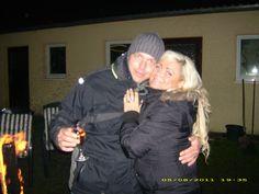 Schatz & Ich mit Rotkäppchen Rose  ;-)
