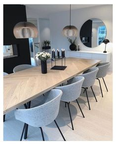 Dining Room Table Decor, Dining Table Design, Dining Room Walls, Decor Room, Wall Decor, Dining Area, Dining Table Lighting, Dining Sets, Room Chairs