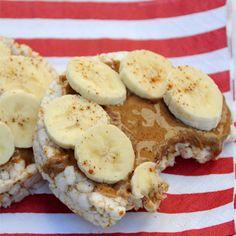 Peanut Butter & Banana Rice Cakes !
