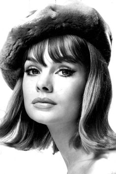 In Photos: Jean Shrimpton the Style Icon