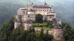 Searching for Castles in Austria? Visit castles & museums in Salzburg & find great places for sightseeing in Austria. Medieval castles are waiting for you. Beautiful Castles, Beautiful Buildings, Beautiful World, Beautiful Places, Amazing Places, Chateau Medieval, Medieval Castle, Medieval Fortress, Oh The Places You'll Go
