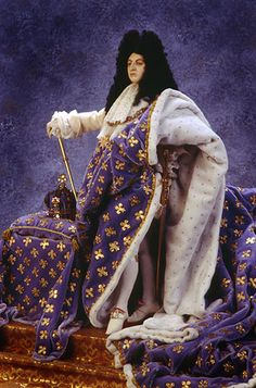 Luis XIV the Sun King Doll: Photo by By golondrina411 on Flickr    Photo courtesy of the Gallery of Historical figures (http://www.galleryofhistoricalfigures)