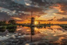 Reflections of Kinderdijk III by Herman van den Berge on 500px