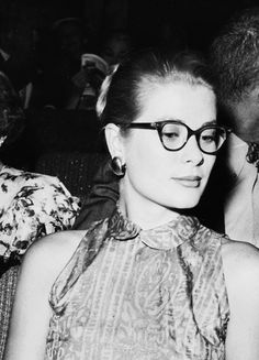 """msmildred: """"Grace Kelly at the """"A Day by the Sea"""" premiere, 1955. """""""