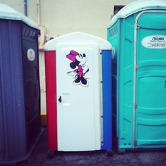 Yes Minnie, XS nice portable toilet.