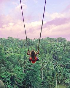 Swinging over the jungle. There are some swings in some pretty amazing places, I'm challenging myself to do seek some out! Who else is ready for an adventure ; Bali Travel, Wanderlust Travel, Luxury Travel, Ubud, Places To Travel, Places To Go, Hotel Secrets, Voyage Bali, Scenic Photography