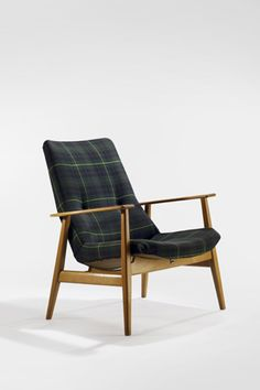 Pierre Guariche; #660 Ash Armchair for Steiner, 1954.