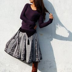 Vol de Nuit reversible Jacquard skirt (Q1101). $65,00, via Etsy.